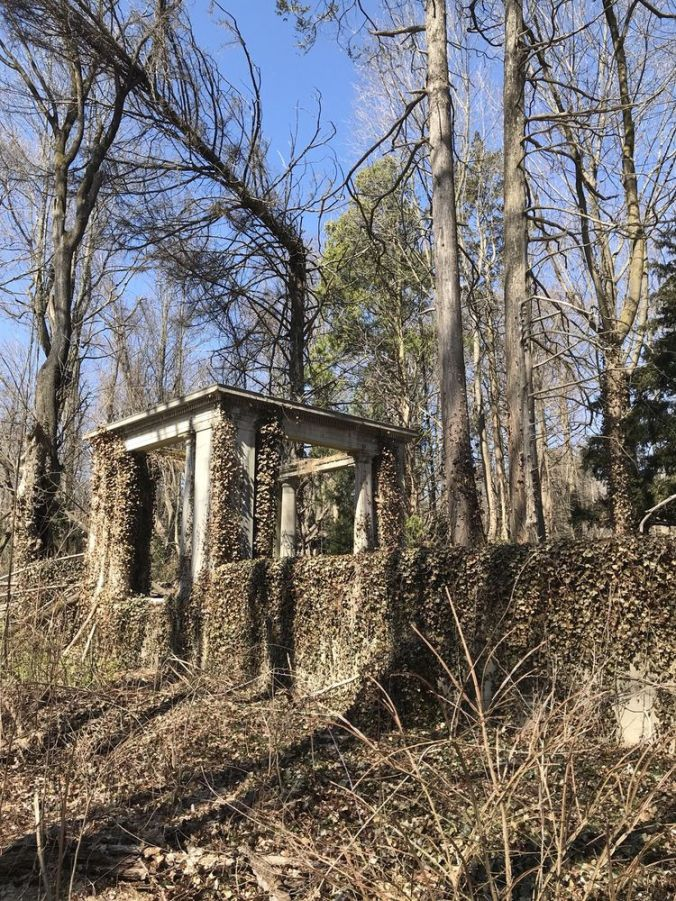 Muttontown Preserve Ruin